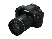 Canon Eos 7d 3814b016 Black Digital Slr Camera W/ Ef-s 18-135mm F/3.5-5.6 Is Lens