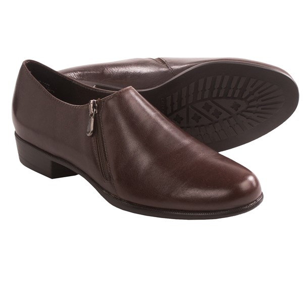 Munro American Derby Slip-On Shoes (For Women)
