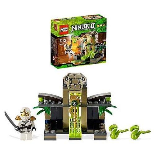 LEGO Ninjago 9440 Venomari Shrine