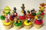 Super Mario Brothers MARIO KART 14 Piece Birthday Deluxe Cupcake Topper Set Featuring Toad, Luigi, Princess Peach, Wario, Bowser, Yoshi, Lakitu Spiny, Donkey Kong, Mario, Han Chan Wiggler and Decorative Themed Accessories