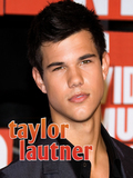 Featuring more than 40 full-color photographs and a short but comprehensive bio, Taylor Lautner, a celebrity-focused minibiography by Sarah Parvis, provides in rich detail how Taylor Lautner rose to fame