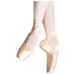 Gliss Pointe Shoe