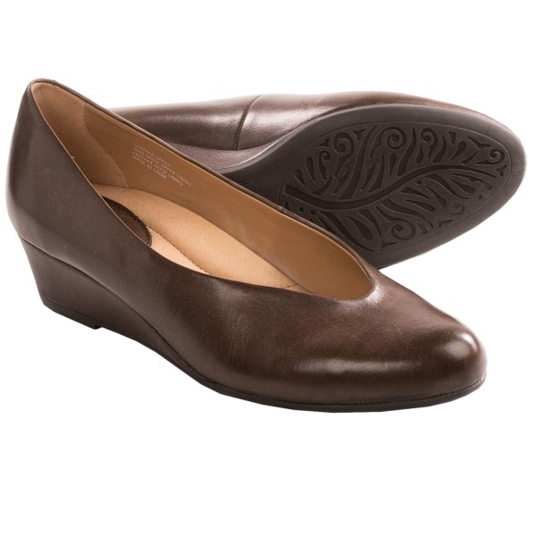 Earth Woodbury Wedge Pumps (For Women)