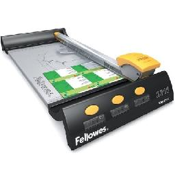The Fellowes Electron 180 SafeCut LED guide indicates cutting line without the use of harmful lasers